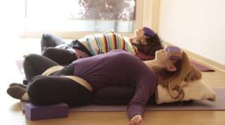 restorative-yoga-workshop-photos-515129