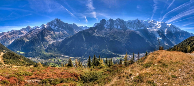 chamonix valley 2.jpg